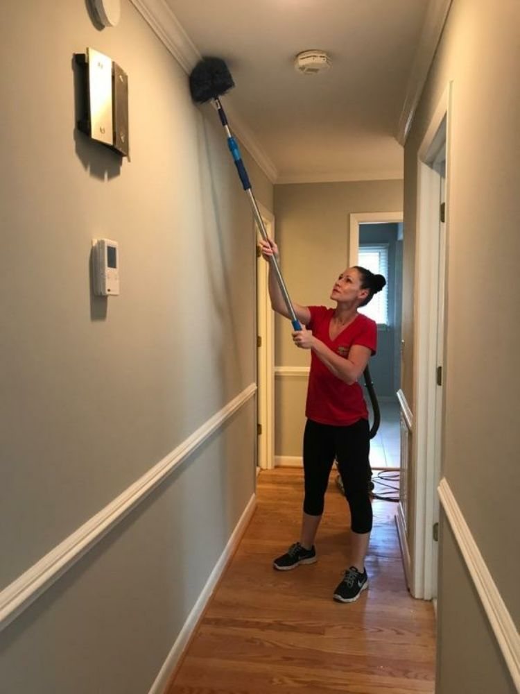 Magic House Cleaning Service: 260 Magnolia Square Ct, Aberdeen, NC