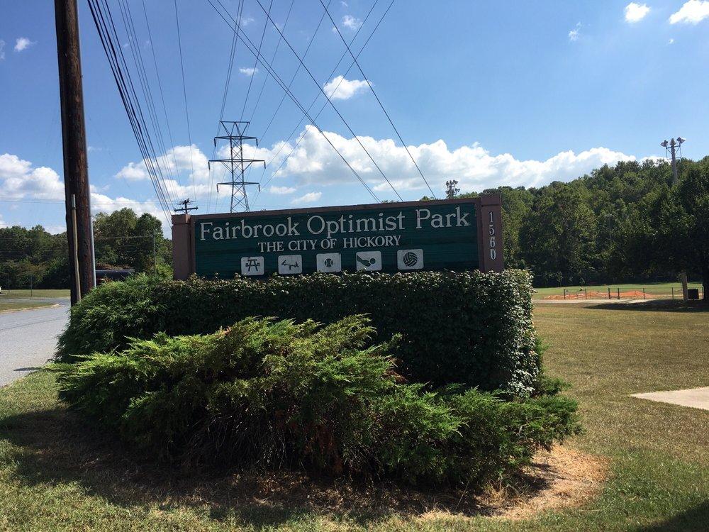 Optimist Dog Park: 1560 4th Ave SE, Hickory, NC