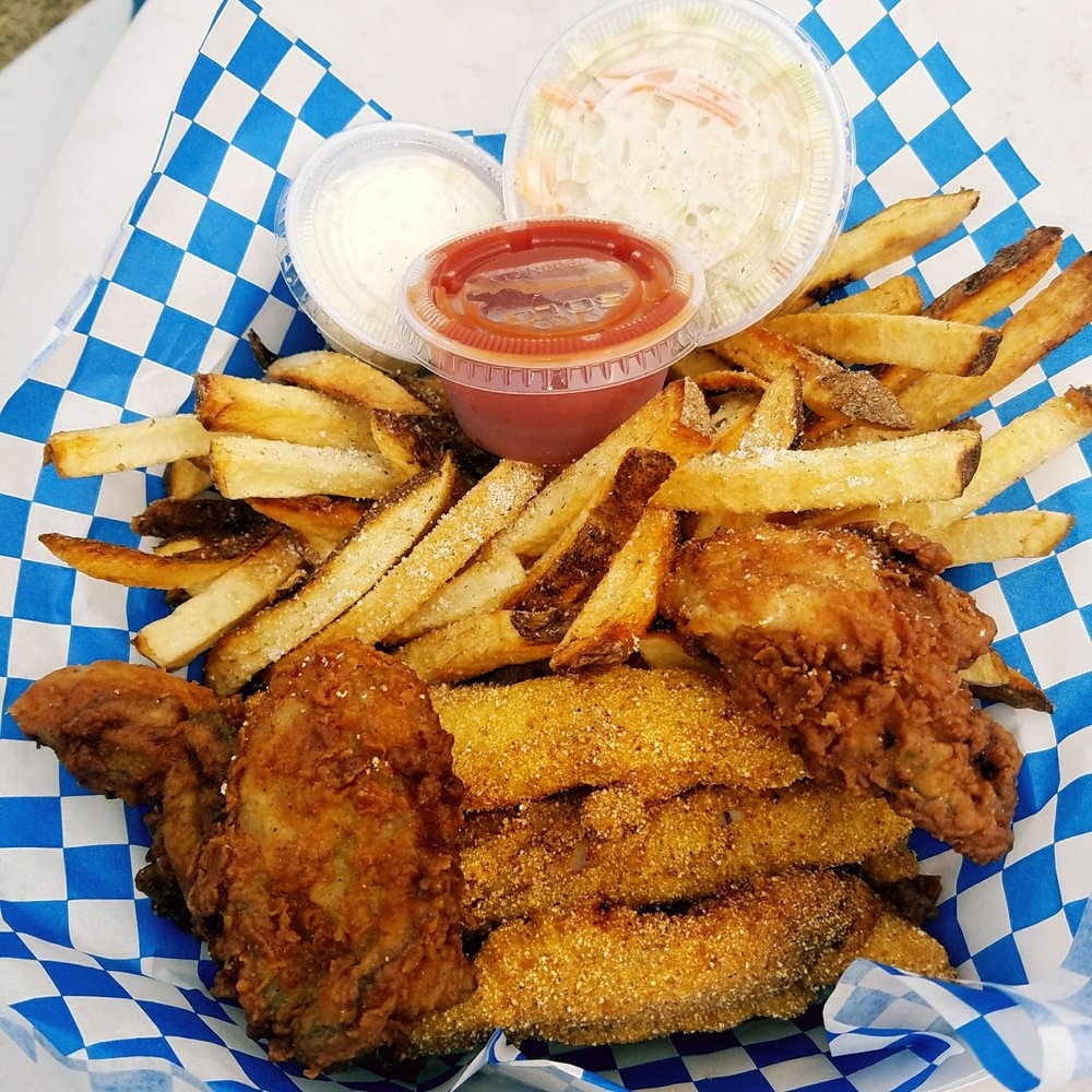 Linda's Fish and Chips: 313 Robert Bush Rd, South Bend, WA