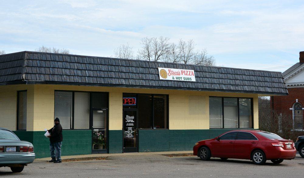 Steve's Pizza & Pasta: 302 N Main St, Mount Gilead, NC