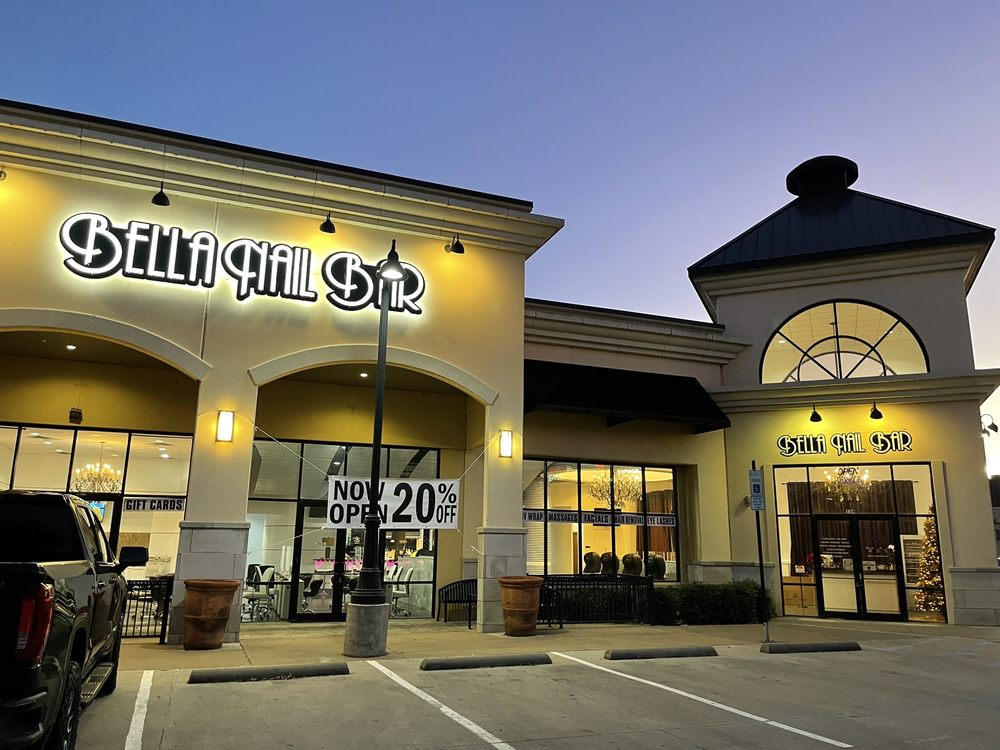 Bella Nail Bar: 2900 Wind River Ln, Denton, TX