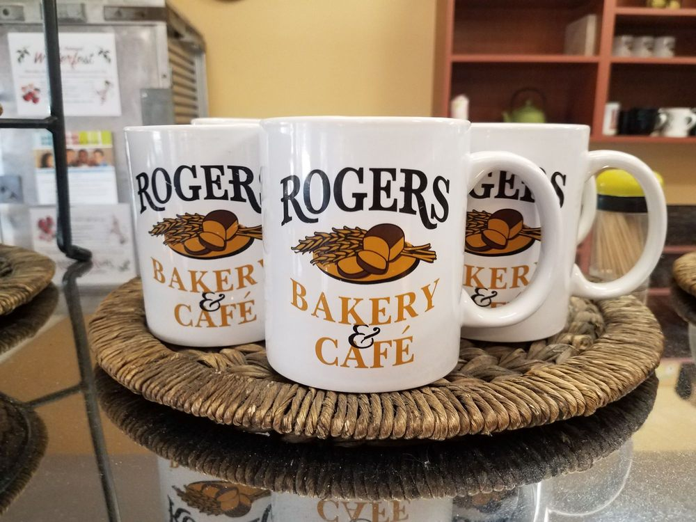 Roger's Bakery & Cafe: 116 N College Ave, College Place, WA