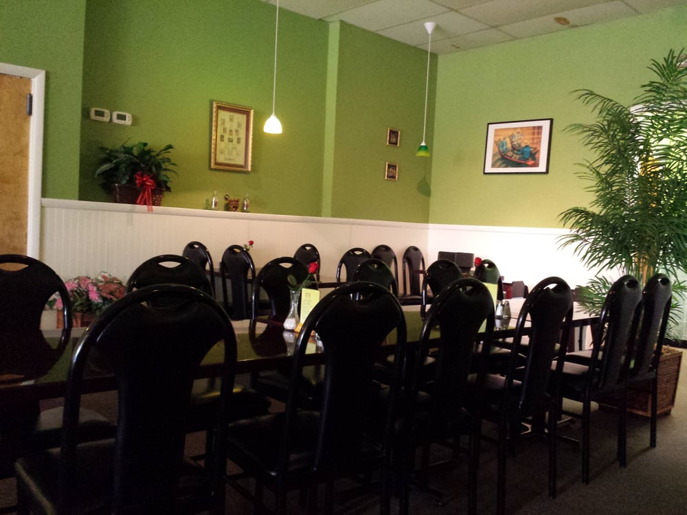 Dining room upon arrival quiet and clean we were the first customers to arrive at six o 39 clock - Malabar indian cuisine richmond va ...
