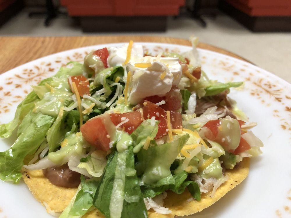 El Taco: 418 10th St, Worthington, MN