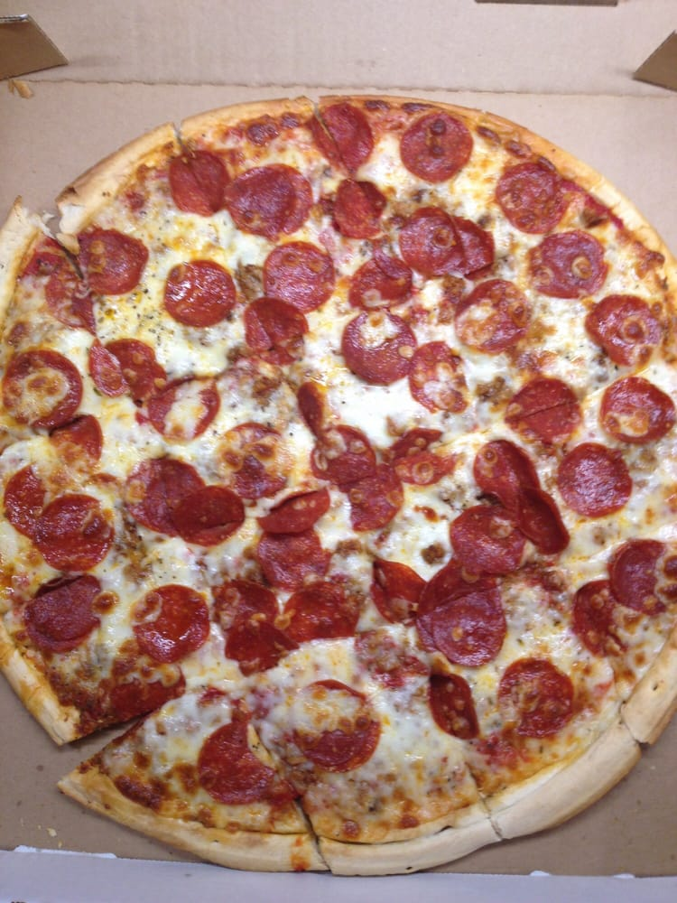 Ball Park Pizza and Eatery: 607 Main St, Beech Grove, IN