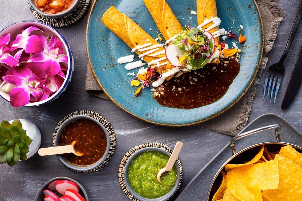 Agave Azul Cocina Mexicana: 5855 Winter Garden Vineland Rd, Windermere, FL