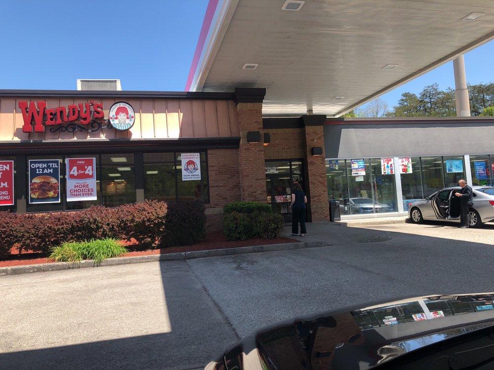 J & M Exxon: 1708 5th St, Jellico, TN