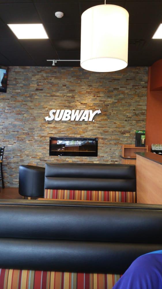 Subway: 24 E Genesee St, Baldwinsville, NY