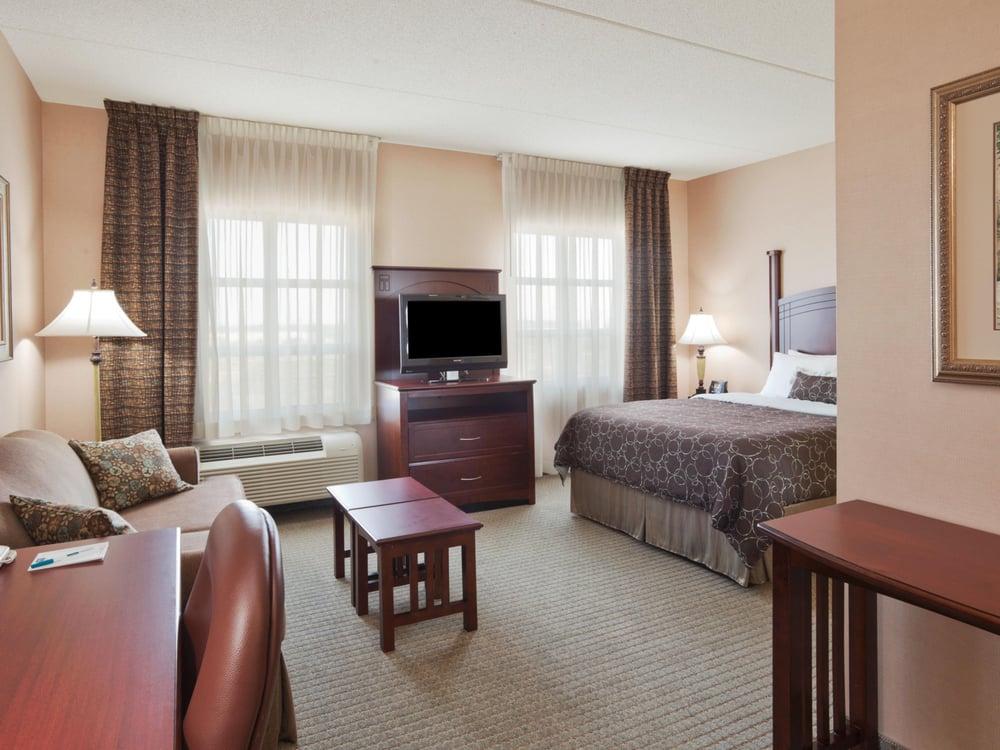 Staybridge Suites Oakville-Burlington