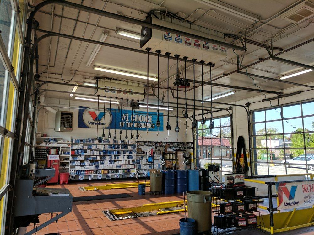 Palos Oil & Lube: 9716 S Roberts Rd, Palos Hills, IL