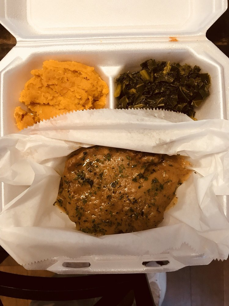 Food from Ms. Mary's Resturant