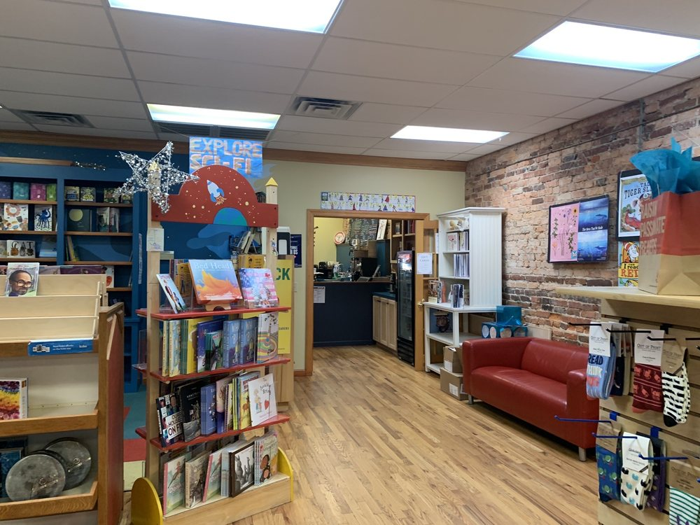 Books On Broad and Coffee: 944 Broad St, Camden, SC
