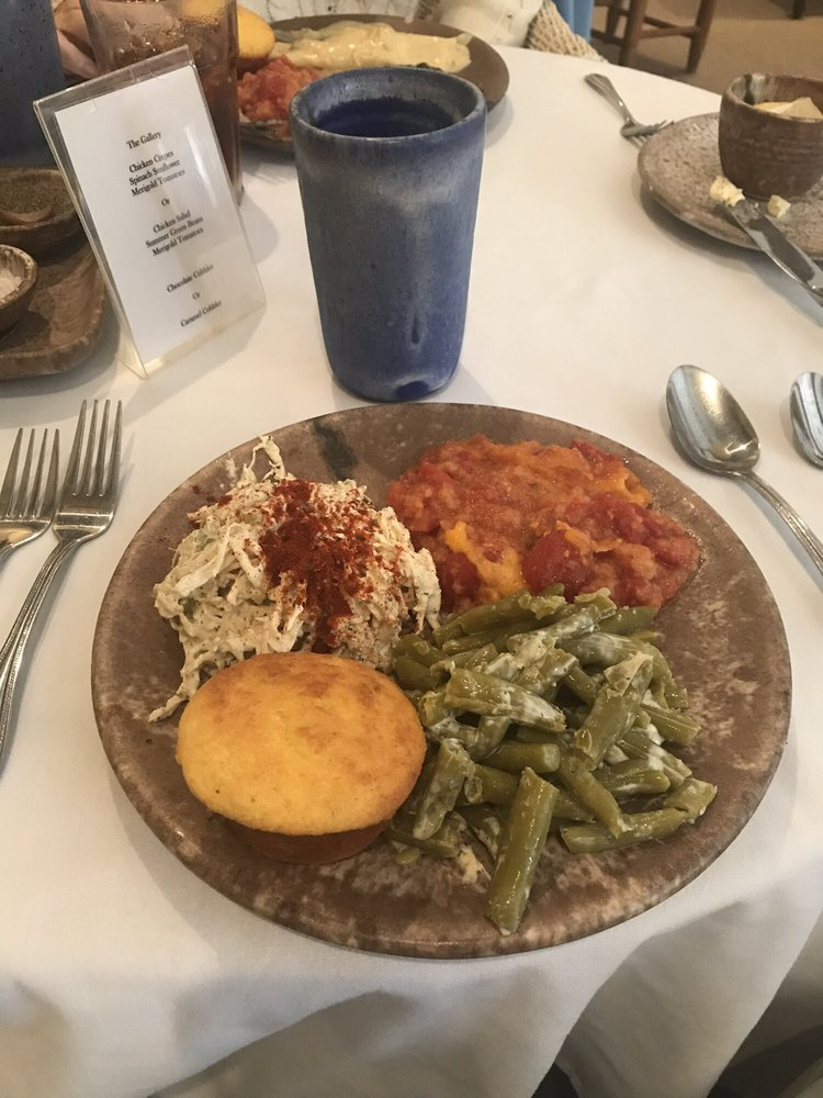 McCarty's Gallery Restaurant: 100 Sunflower St, Merigold, MS