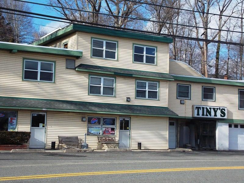 Tiny's Tavern: 110 Brady Rd, Lake Hopatcong, NJ