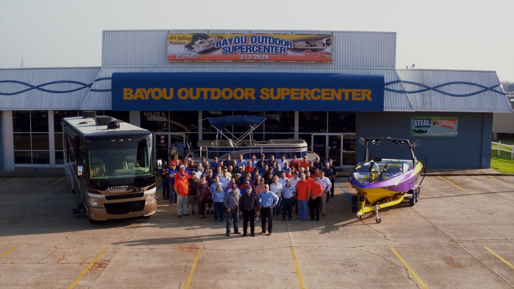 Bayou Outdoor Supercenter: 1800 Barksdale Blvd, Bossier City, LA