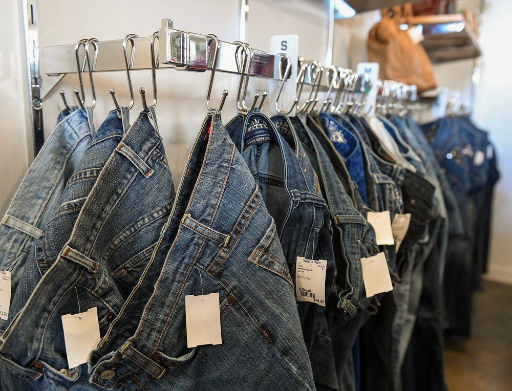 Wear It Well: 101 N James Campbell Blvd, Columbia, TN