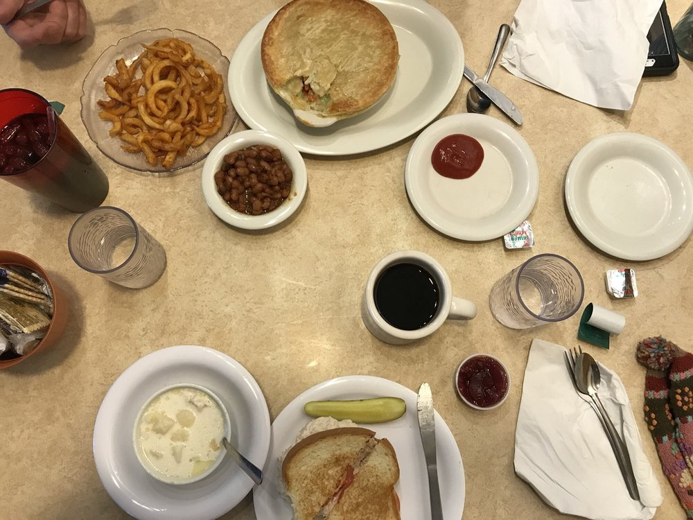 Dysart's Restaurant & Truck Stop: 530 Coldbrook Rd, Hermon, ME