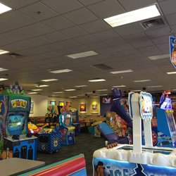 chuck e cheese louisville ky