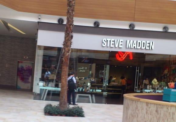 c9a168a4e06 Steve Madden - Patio universidad - Women's Clothing - Av ...