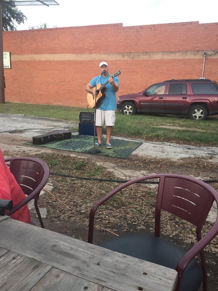 The Food Park: 1089 S 1st St, Abilene, TX
