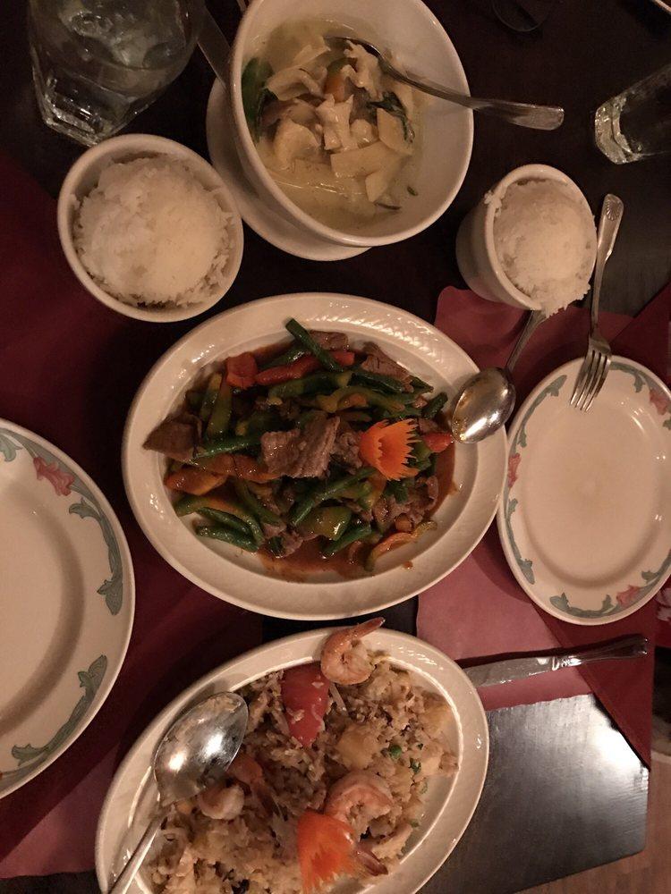 Simply Thai: 409 Hartford Tpke, Vernon, CT