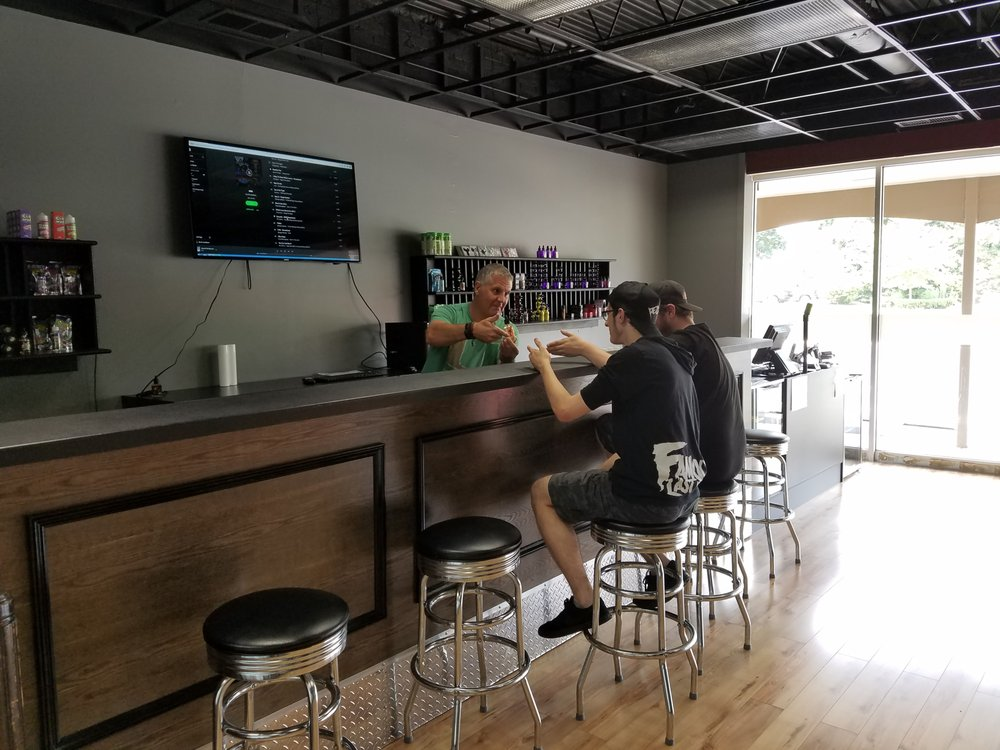 Vapetricity: 227 N Northwest Hwy, Barrington, IL