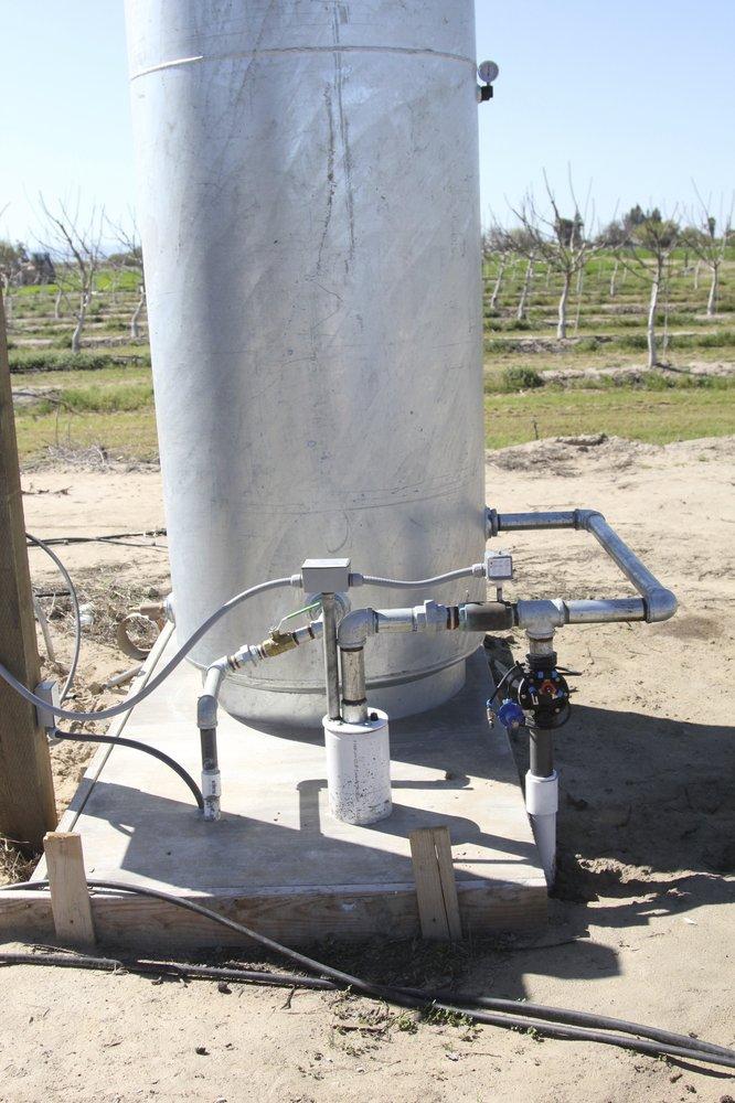 Combs Pumps: 2060 7th St, Hughson, CA