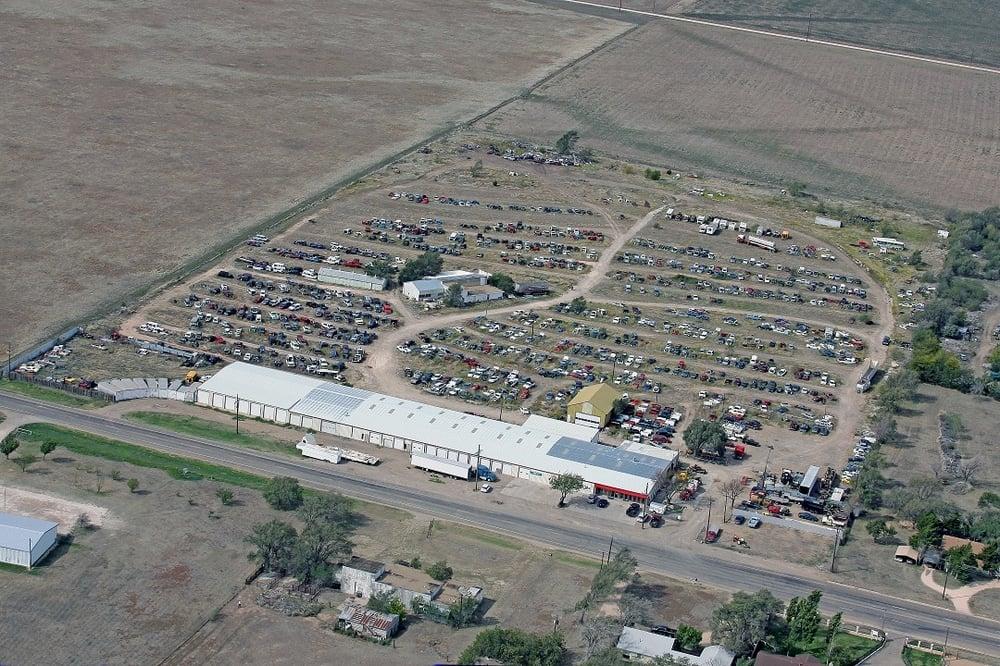 Bob Douthit Auto: 1432 S Barnes St, Pampa, TX
