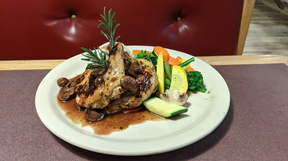 Bienvenidos Restaurant: 2600 Navajo Blvd, Holbrook, AZ