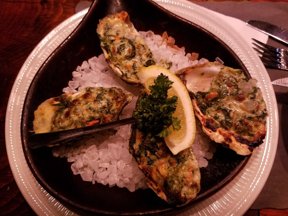 Impudent Oyster: 15 Chatham Bars Ave, Chatham, MA