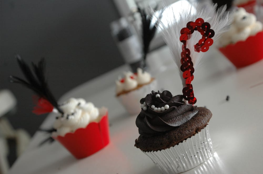 Scrumptious Cupcakes and Sweetery: Grand Rapids, MI