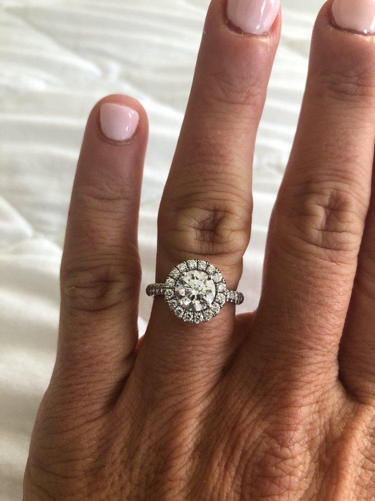 AR Morris Jewelers: 3832 Kennett Pike, Greenville, DE