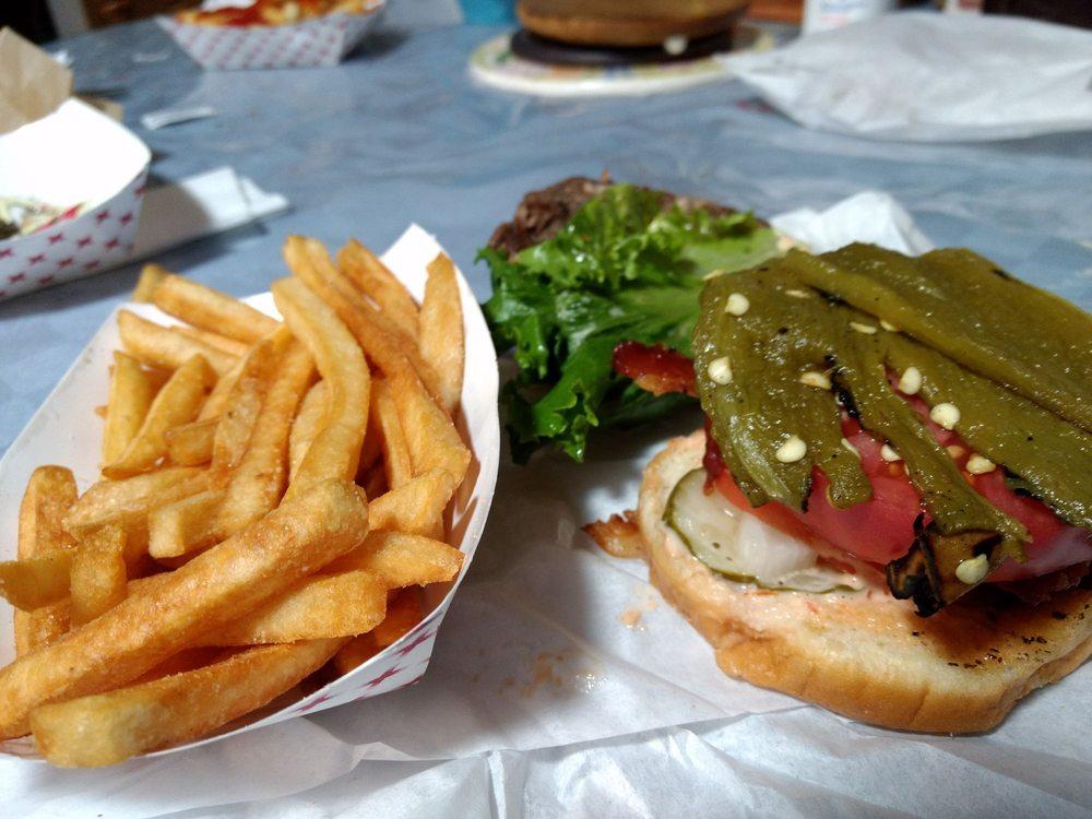 Crash Burger: 646 E Main St, Montrose, CO