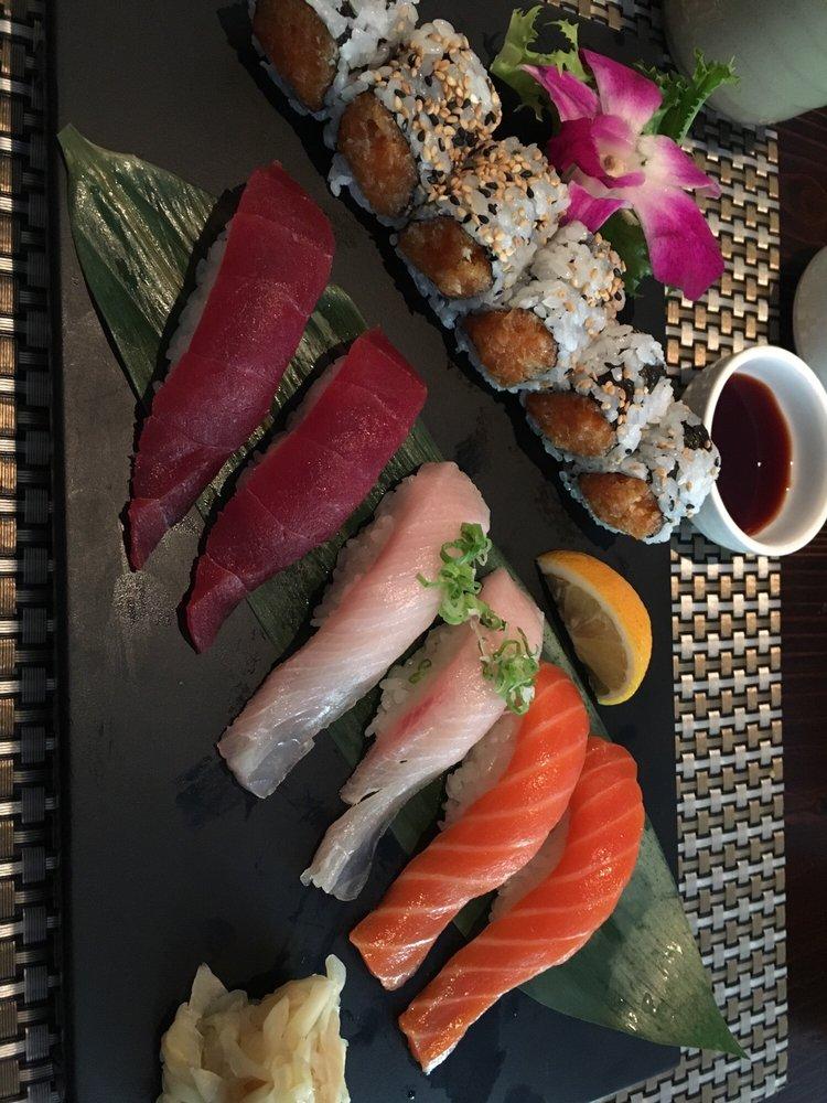 Food from Kaji Sushi & Lounge