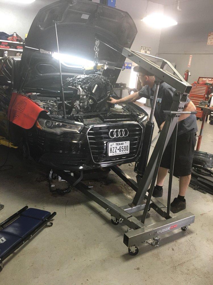L & M Auto Repair: 1116 W 43rd St S, Wichita, KS