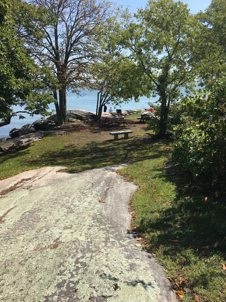 Chaffinch Island Park: Chaffinch Island Rd, Guilford, CT