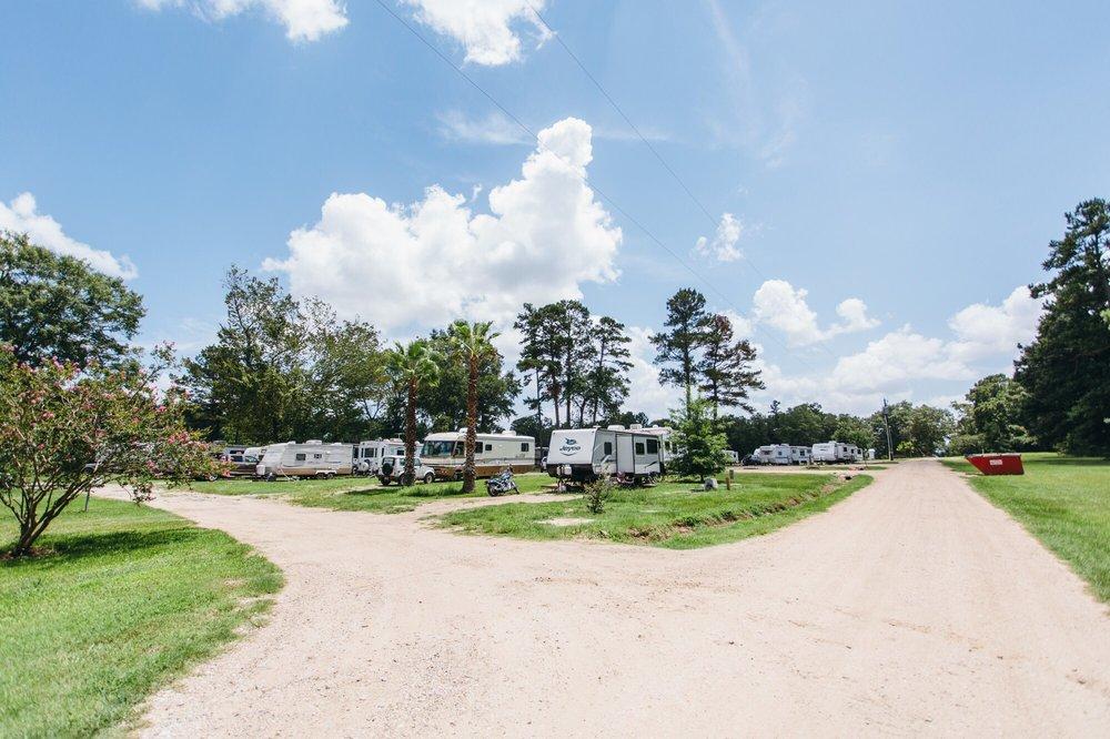 Ford Chapel RV Park: 4220 Fm 841, Lufkin, TX
