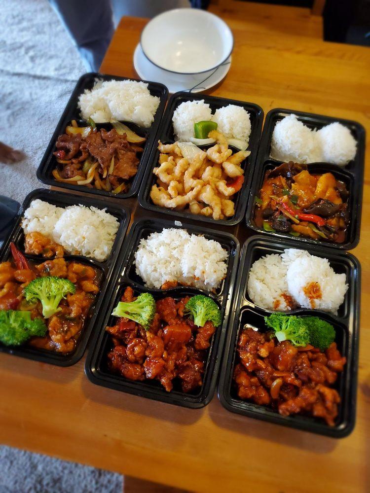 Szechuan Cuisine: 23202 57th Ave W, Mountlake Terrace, WA