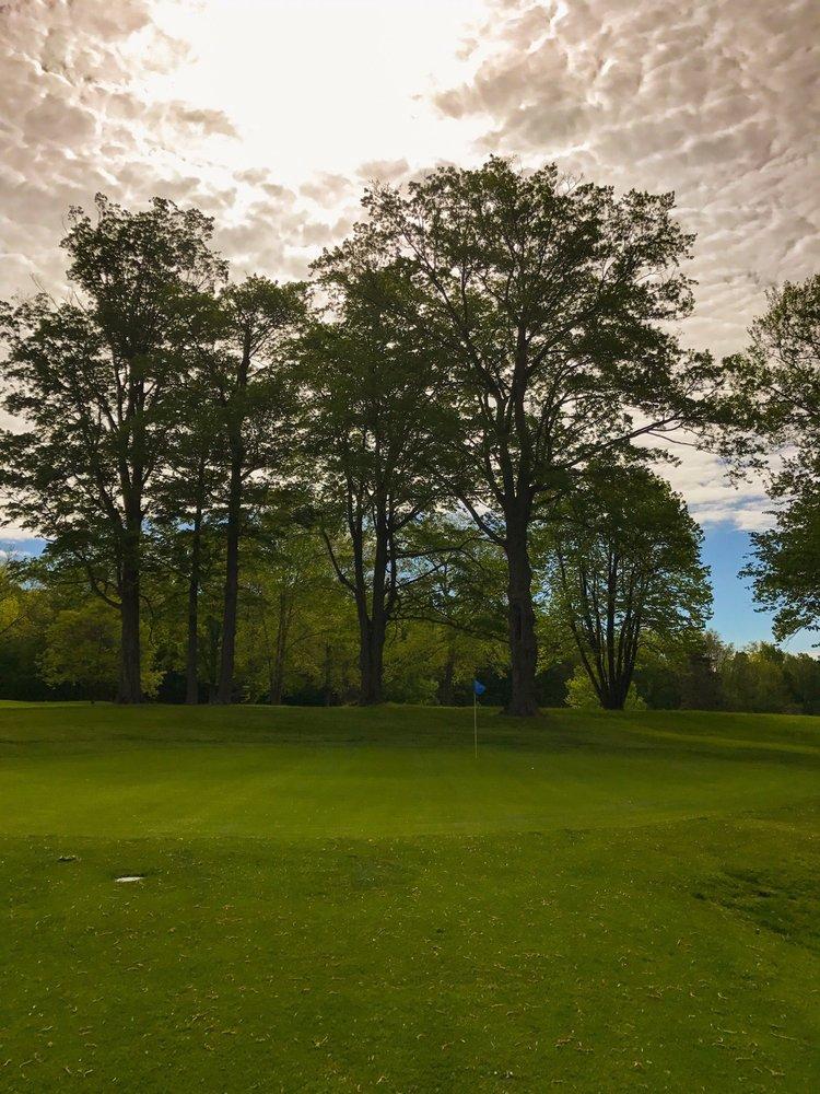 Photo of Cardinal Hills Golf Course: Randolph, NY