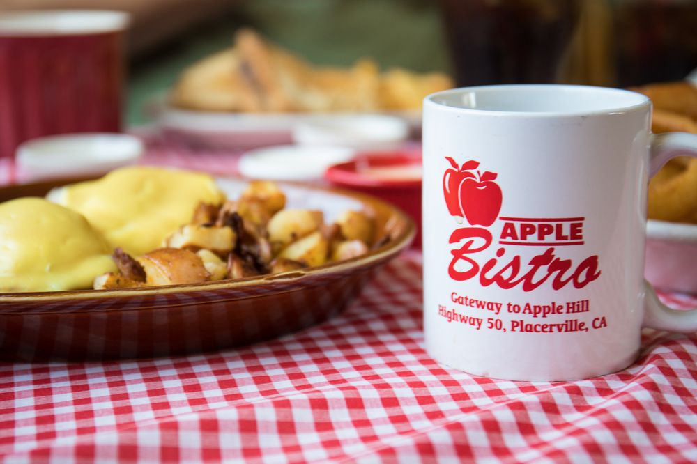 Apple Bistro: 2740 Hyw 50, Placerville, CA