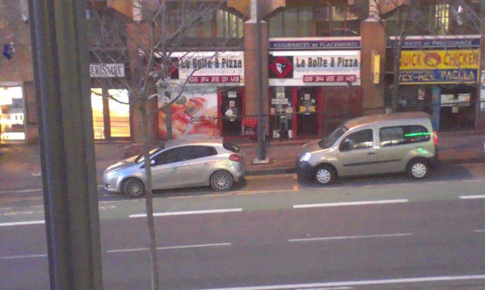 la bo te pizza pizza 3 avenue l on blum matabiau marengo toulouse france restaurant. Black Bedroom Furniture Sets. Home Design Ideas