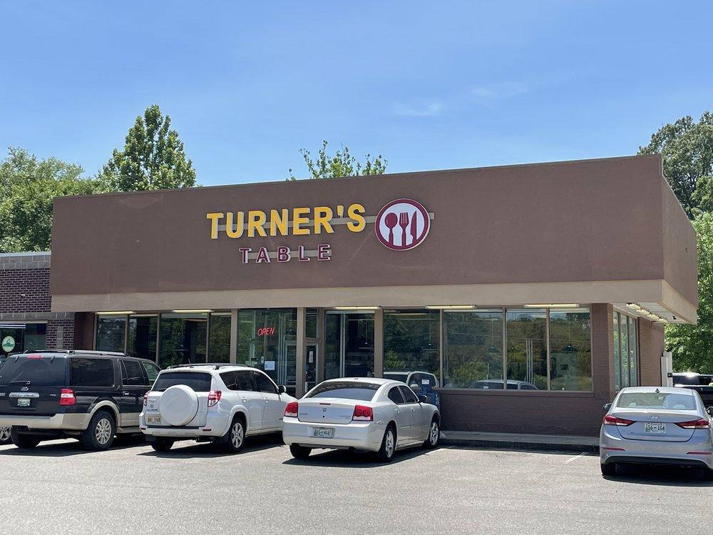 Turner's Table: 6304 US-64, Oakland, TN