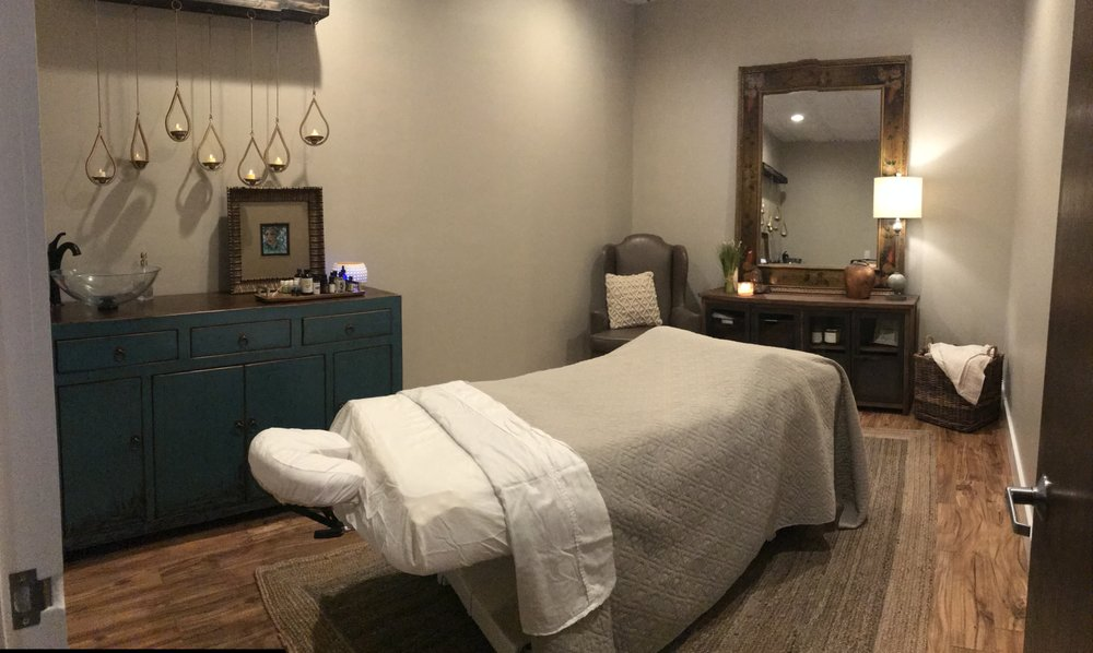 Heirloom Salon & Spa: 4444 Forsyth Rd, Macon, GA