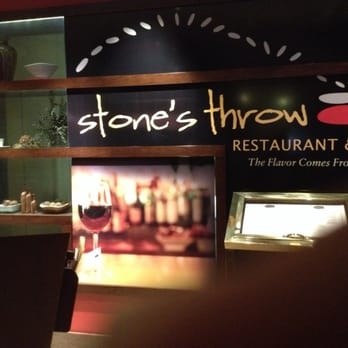 Stone S Throw Restaurant And Bar Washington Dc