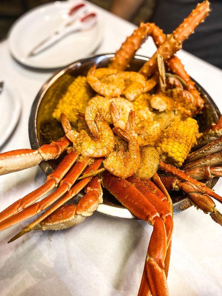 Little New Orleans Kitchen & Oyster Bar: 8204 Crystal Clear Ln, Orlando, FL
