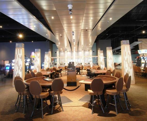 Kickapoo Casino: 25230 E Hwy 62, Harrah, OK