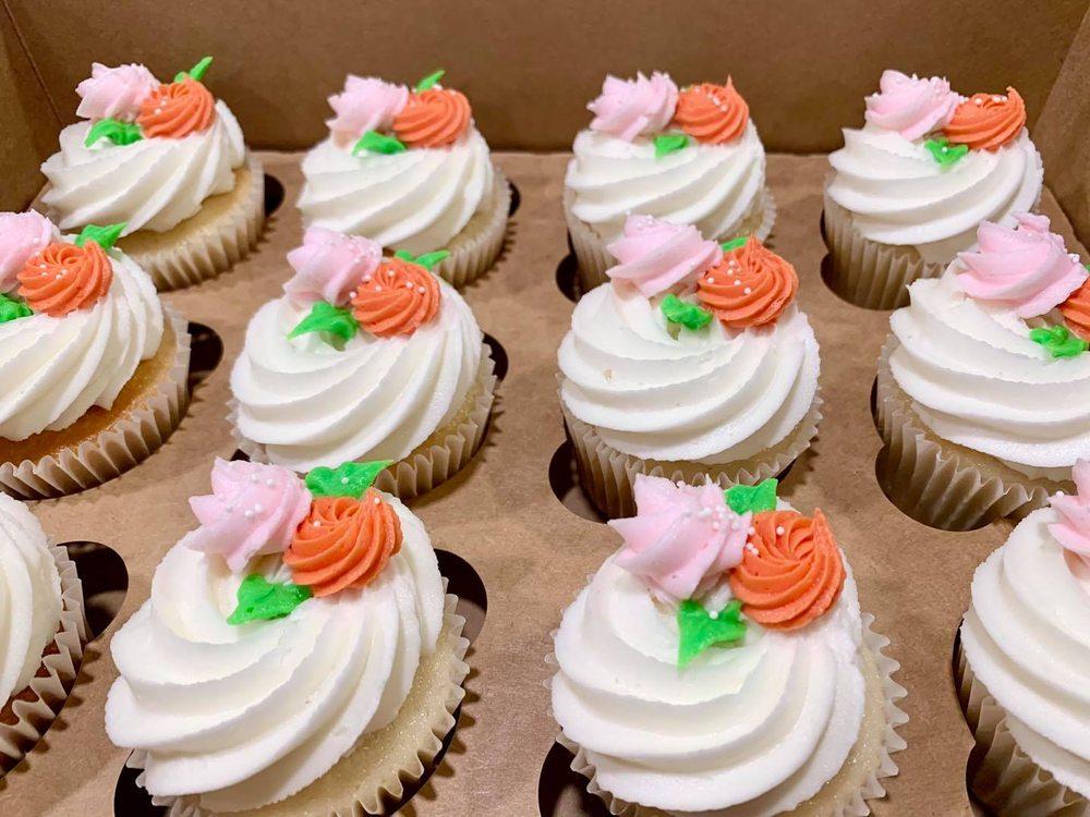 Luke's Custom Cakes: 838 Autumn Ct, Trenton, OH