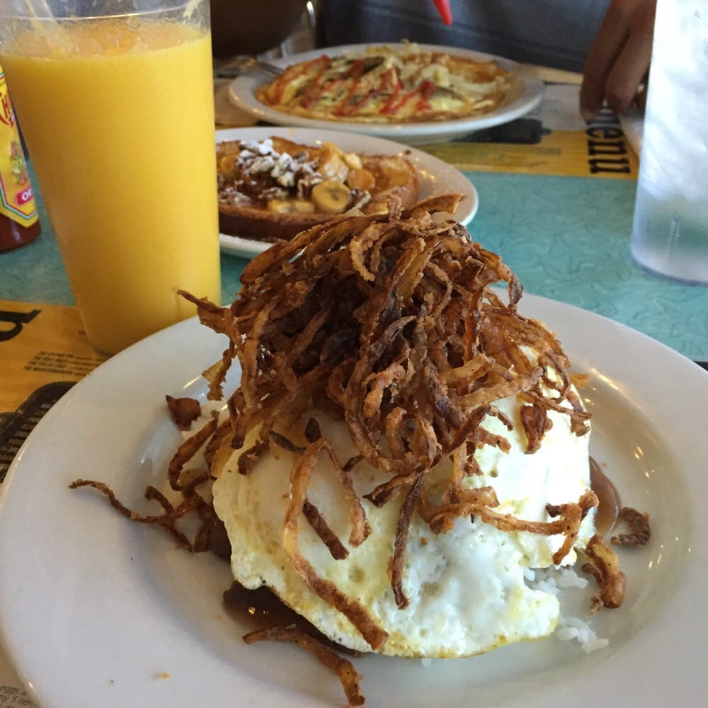 """Chicken Fried Hamburger With White Gravy: """"Loko Moko""""!!! Hamburger Patty On Top Of White Rice"""