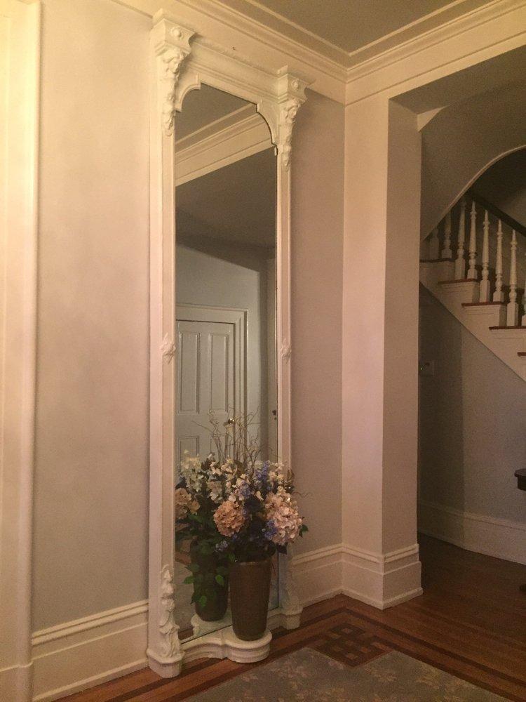 The Barr House Inn: 1200 Cypress St, Paris, KY