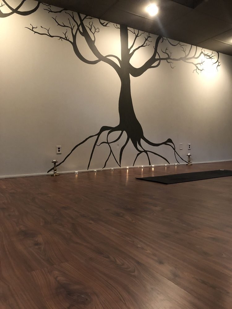 Flow Yoga Studio: 370 Franklin Tpke, Mahwah, NJ